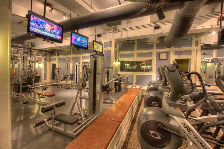 FitnessCenter3